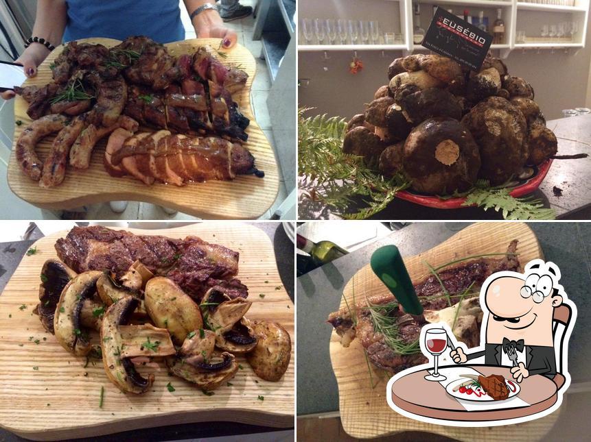 C'è un'ampia scelta di pasti per gli amanti della carne