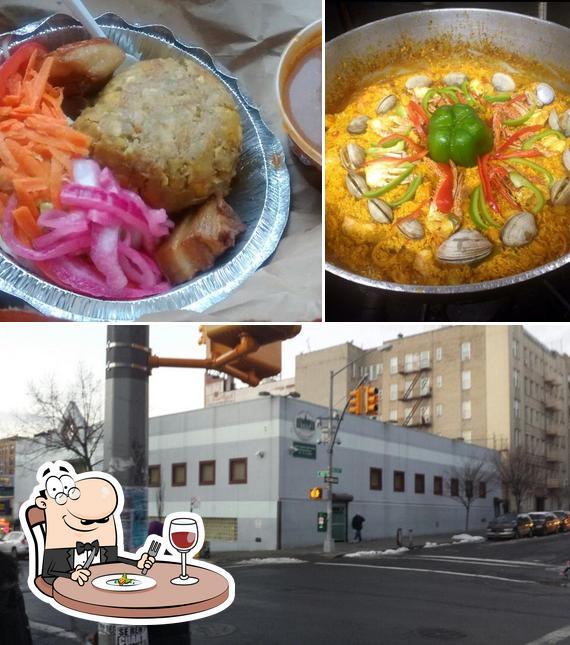 Food at Que Sabrosura Restaurant