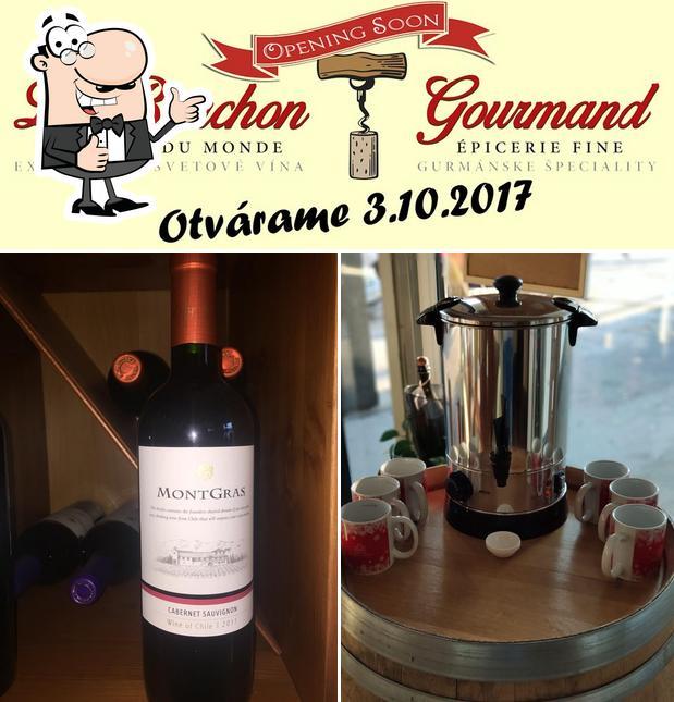 Look at this photo of Vinotéka Le Bouchon Gourmand