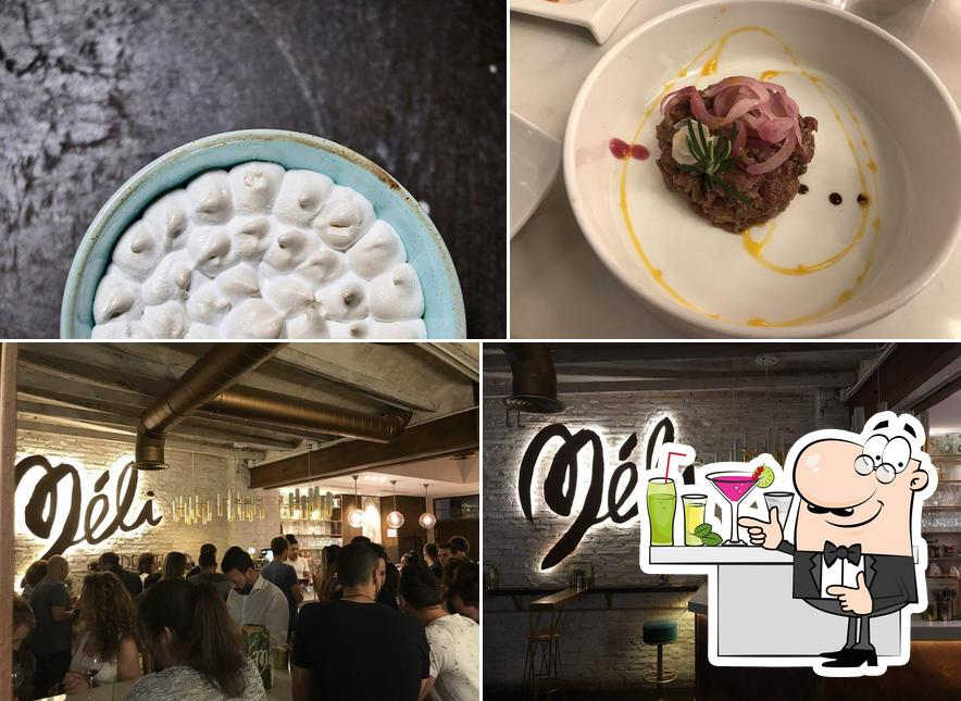 Meli del Tubo is distinguished by bar counter and burger