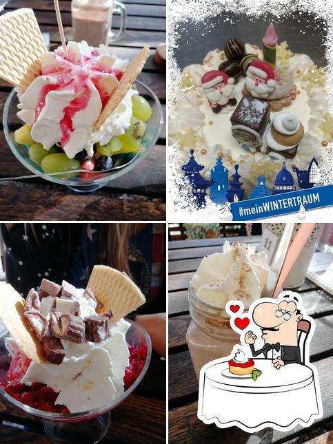 Schloßcafe Buddenhagen bietet eine Auswahl von Süßspeisen