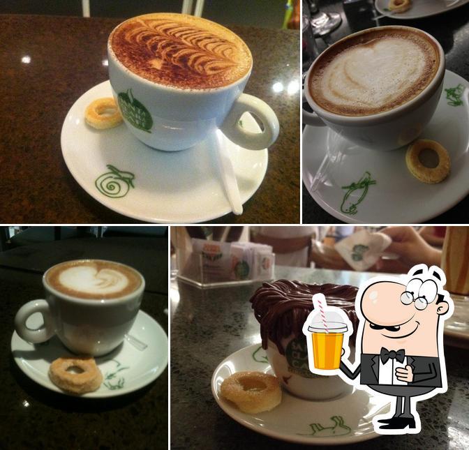 Desfrute de uma bebida no Santa Clara Cafe
