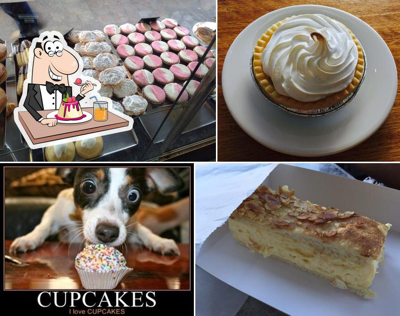 DAYLESFORD BAKERY offers a range of desserts