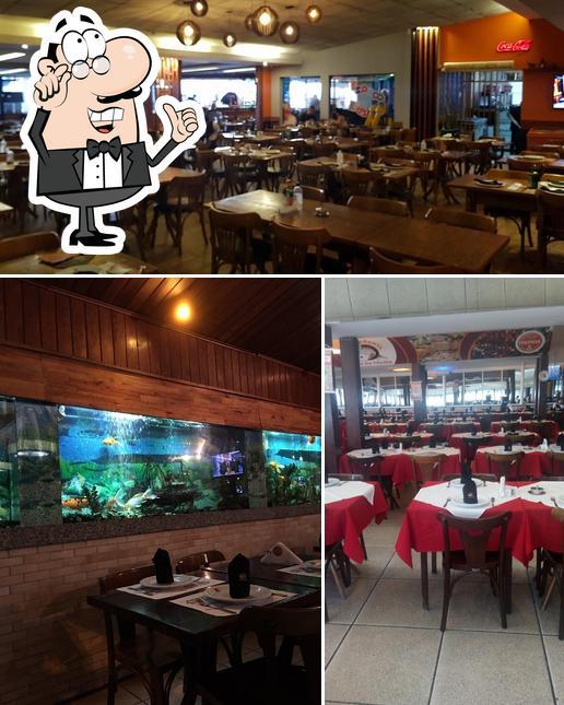 O interior do Restaurante Toca da Traíra