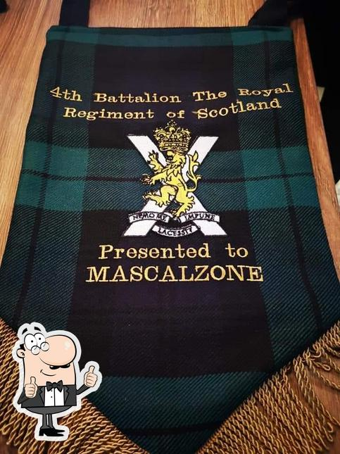 Look at this picture of Mascalzone