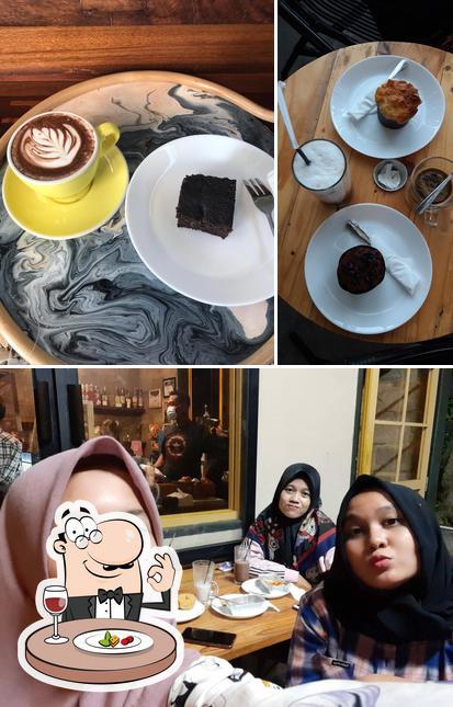 Food at Mantera Coffee Corner
