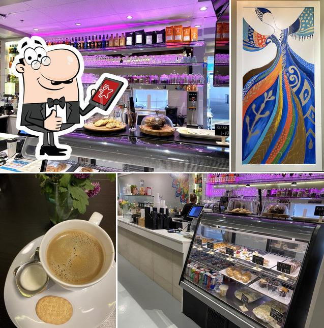 Look at this image of Brisk Cafe