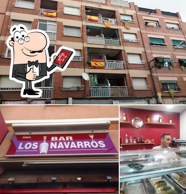 Vea esta foto de Navarros
