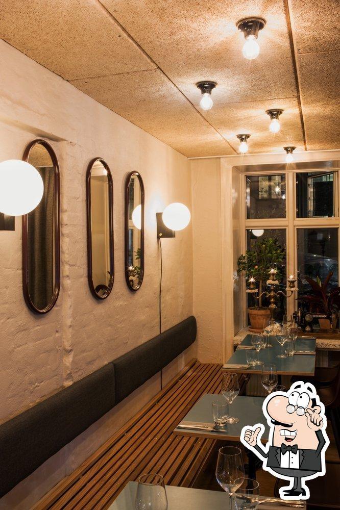Découvrez l'intérieur de Pizzeria Mamemi & Wine Bar