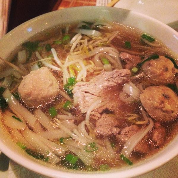 Leia as informações sobre o Miss Saigon Restaurante Vietnamita