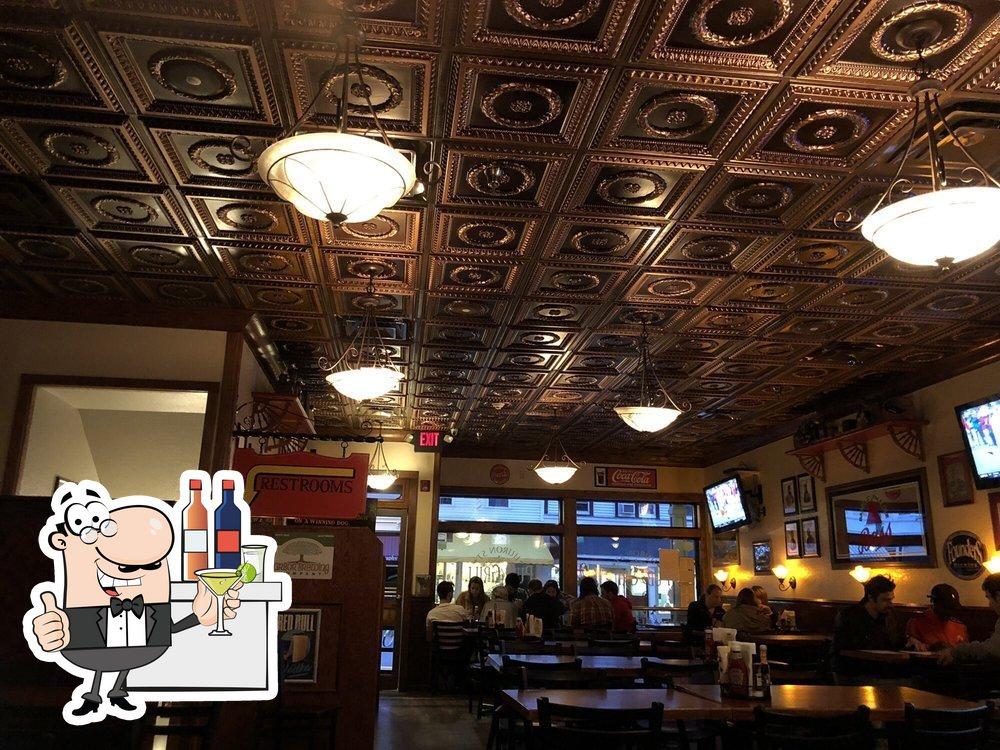 Huron Street Pub & Grill photo