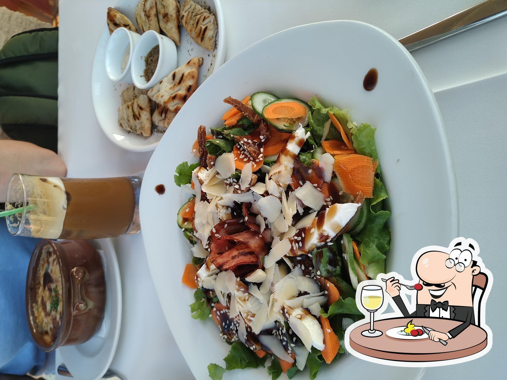 Meals at La Veranda