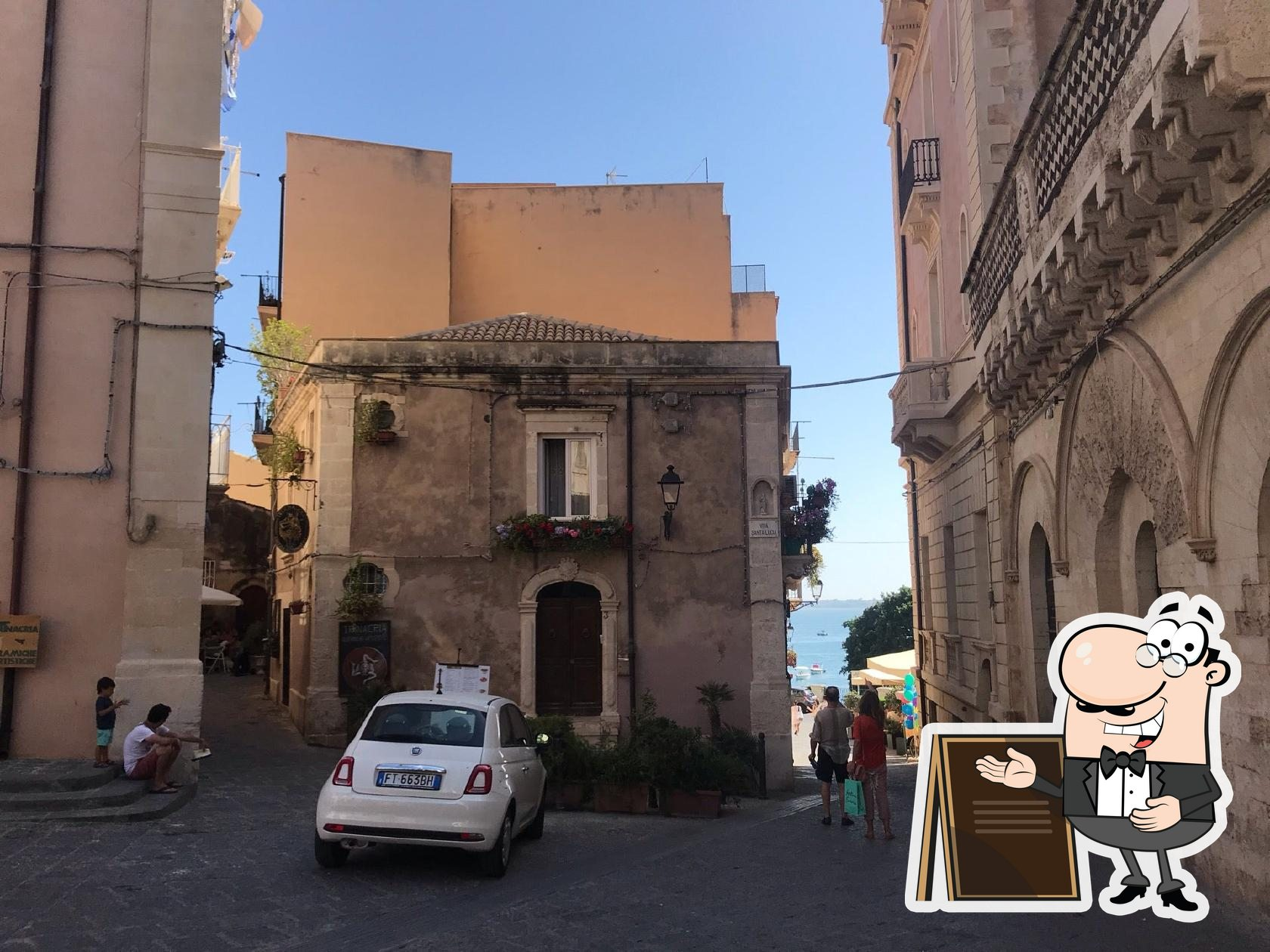 Puoi goderti l'aria fresca dal dehors di La Tavernetta da Piero civico 59