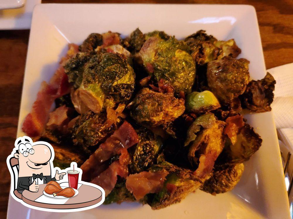 Meals at Huron Street Pub & Grill
