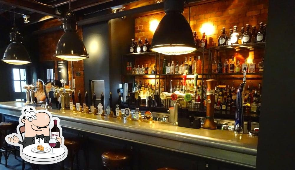 Try out wine at Bridge Tavern